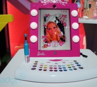 Barbie_AR_mirror_3