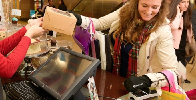 barclaycard_contactless_glove_2