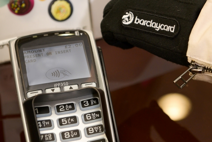 barclaycard_contactless_glove_1