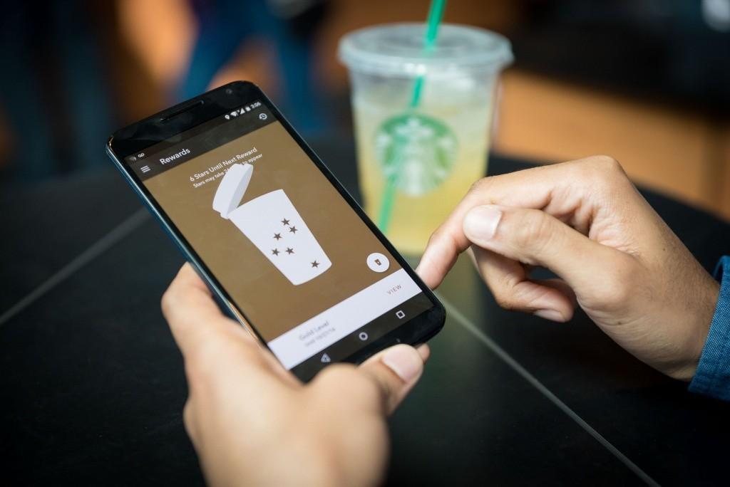 Starbucks_Mobile_Ordering_1