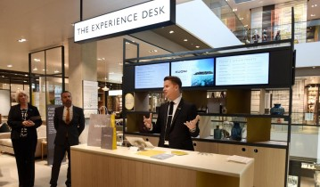 JohnLewis_Experience_Desk_1