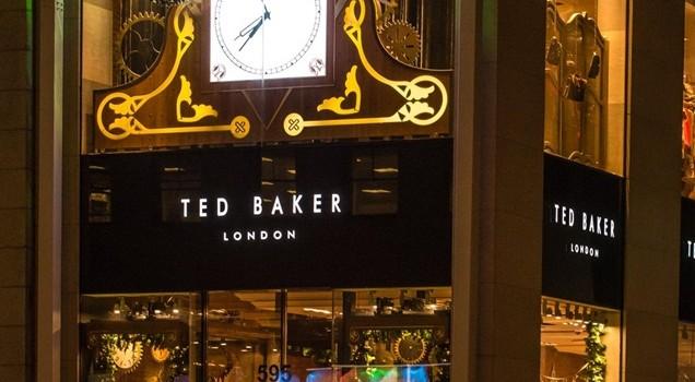 Ted_Baker_mistletoe